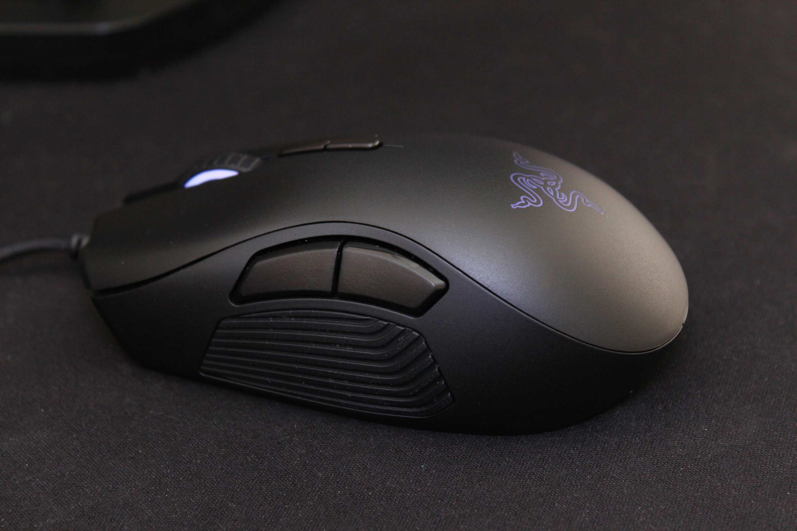 Razer Naga Trinity Gaming Mouse Review Vgu